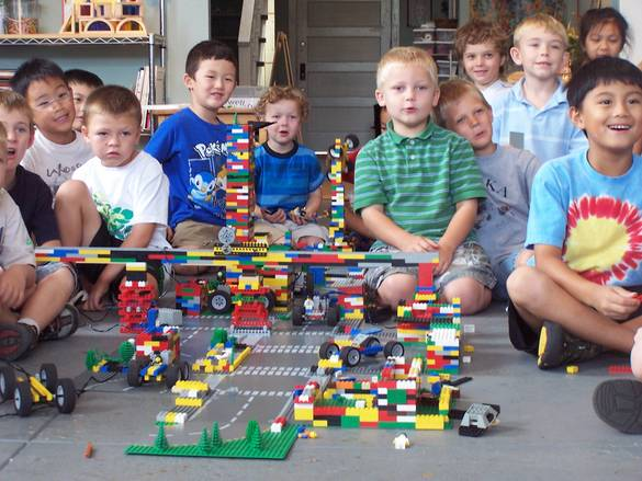 summer camp per bambini LEGO VIVA international vacanze studio Inghilterra estive