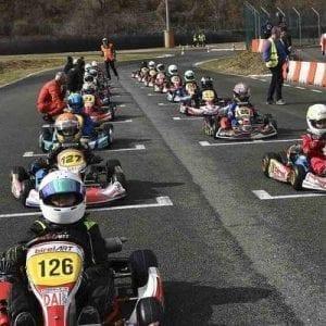 summer camp inghilterra young lincolnshire karting vacanze studio viva international